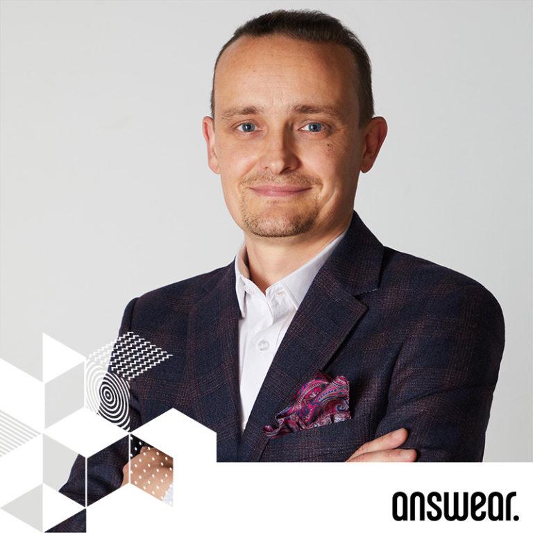 WOJCIECH TOMASZEWSKI // ANSWEAR // DYREKTOR MARKETINGU